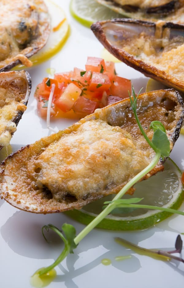 oven baked cheesy mussels recipe