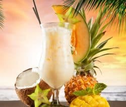 alcoholic cocktail pina colada recipe