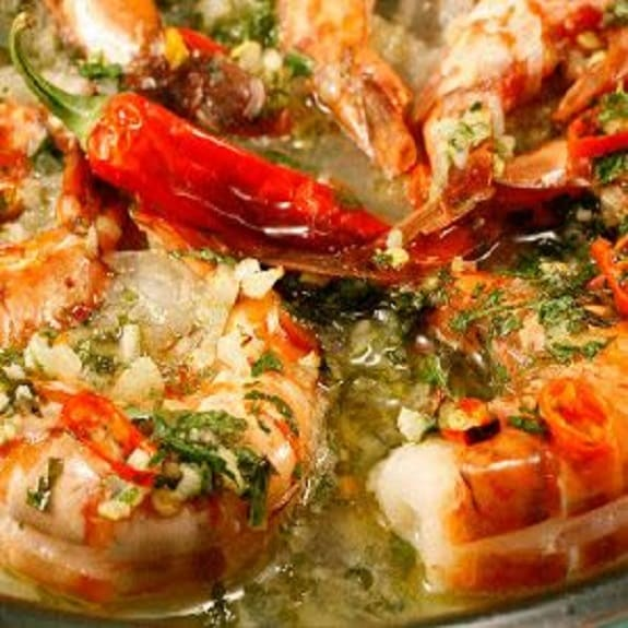baked shrimp with rich chive sauce