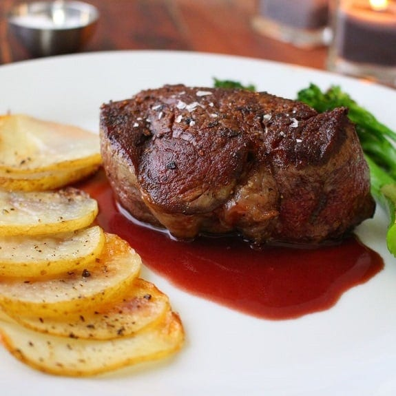 fillet of beef in wine