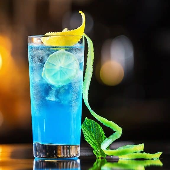 classic blue lagoon cocktail recipe