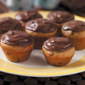 oven baked banana-chip cupcakes