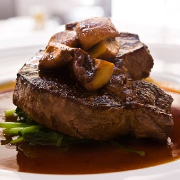 steak with mushroom-merlot sauce