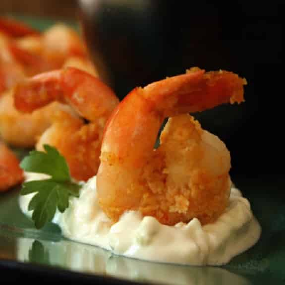 fried shrimp with blue cheese sauce