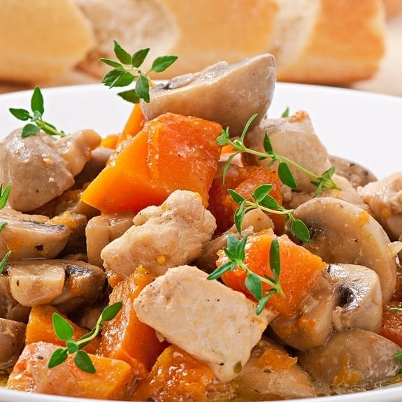 slow cooker chicken-mushroom stew recipe