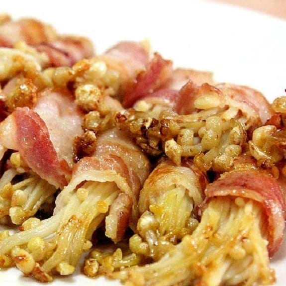 fried bacon-wrapped enoki mushrooms recipe